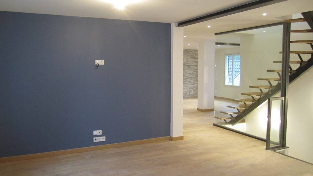Entreprise de peinture lyon pour rafraichissement d for Peinture de renovation
